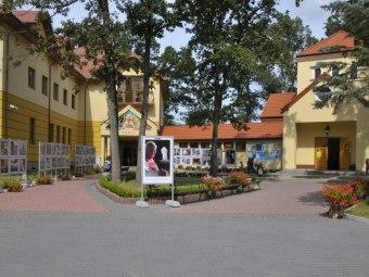 EMAUS ośrodek edukacyjno - charytatywny
