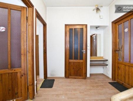 Plowce House - Hall IIP