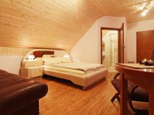 New ROOMS - Zielony Domek