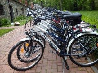 Hire bicycles and Poles Nordic walking - Schronisko Młodzieżowe Kategorii I