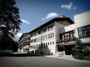 Pensioners in Karkonosze Mountains - Sudety - Dom Wypoczynkowy