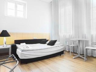 holidays Wroclaw cheap rooms Centrum - 24W Apartments i pokoje ,kwatery noclegi dla firm